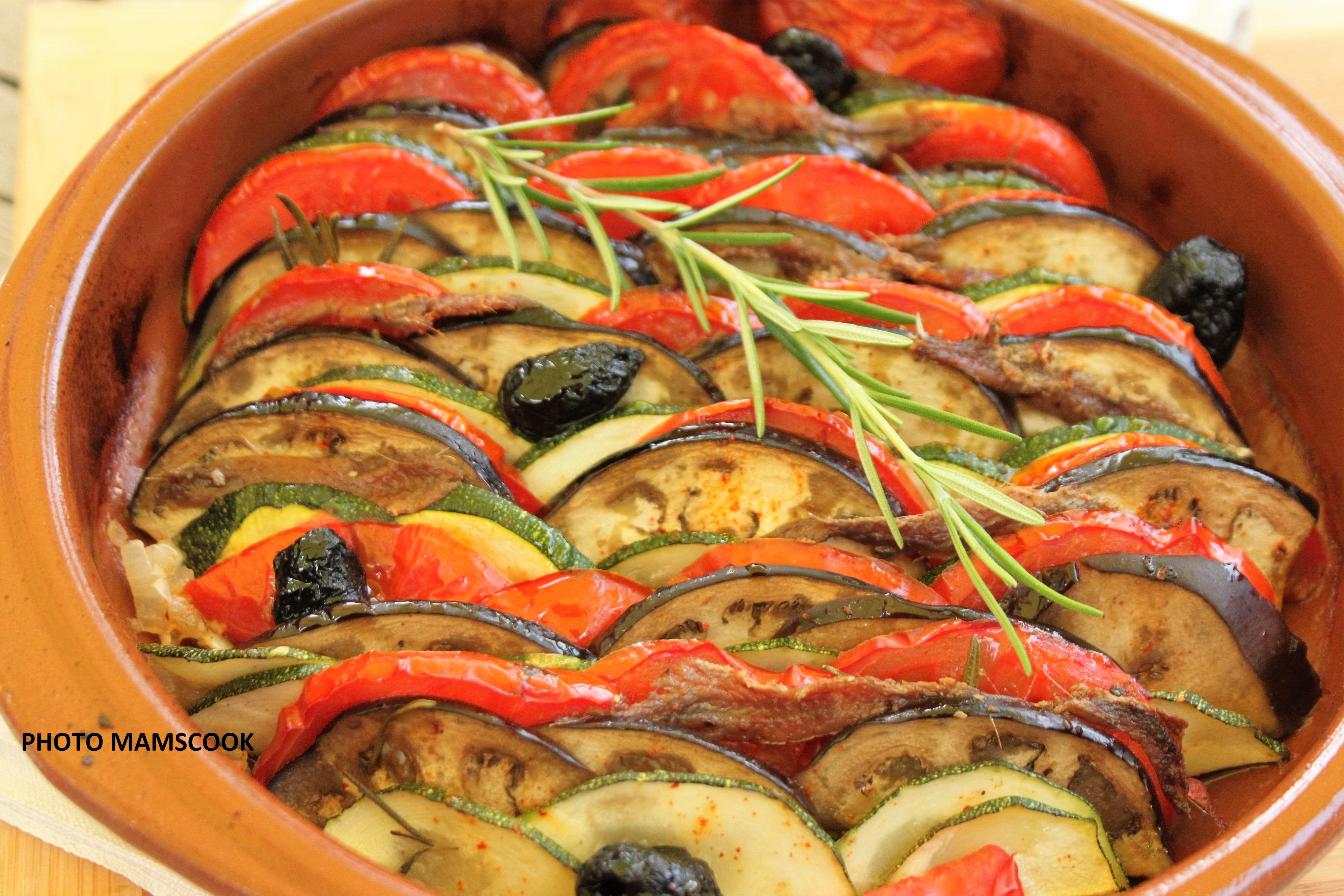 Recette Facile Du Tian Provencal tian provençal aux olives, aux anchois et au romarin